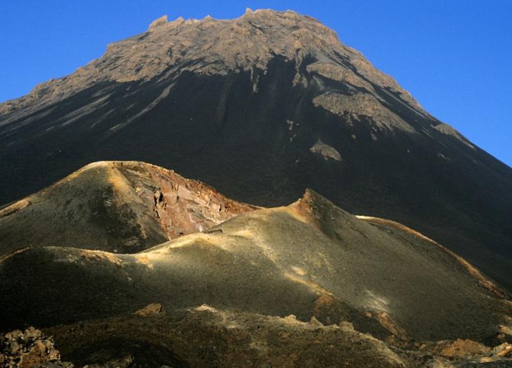 potukhshiye-vulkany-mira-1.png
