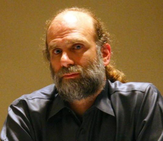 Брюс Шнайер криптограф писатель и специалист по компьютерной безопасности