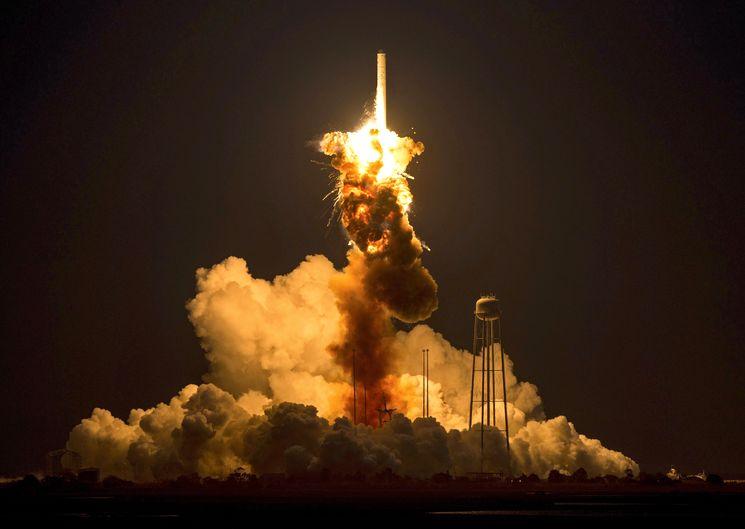 Взрыв ракеты Antares 29 ноября 2014