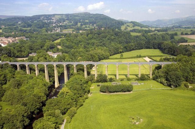 Судоходный акведук Понткисиллте