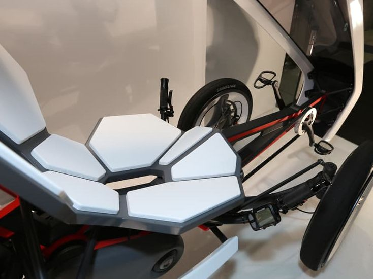 Bridgestone's electric trike concept