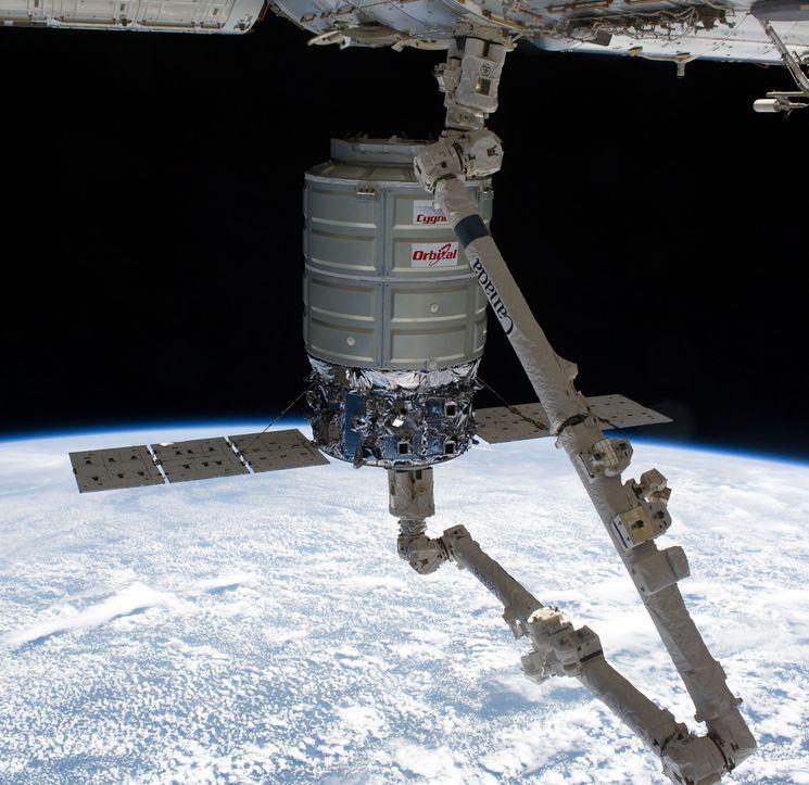 Беспилотный грузовый космический корабль снабжения Сигнус