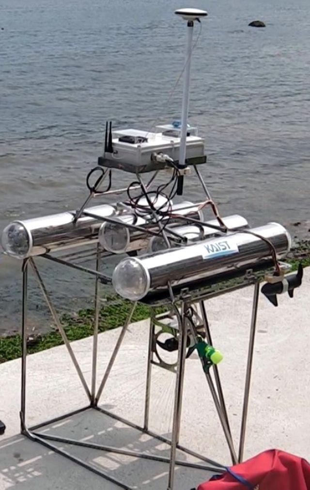 JEROS - робот для борьбы с медузами