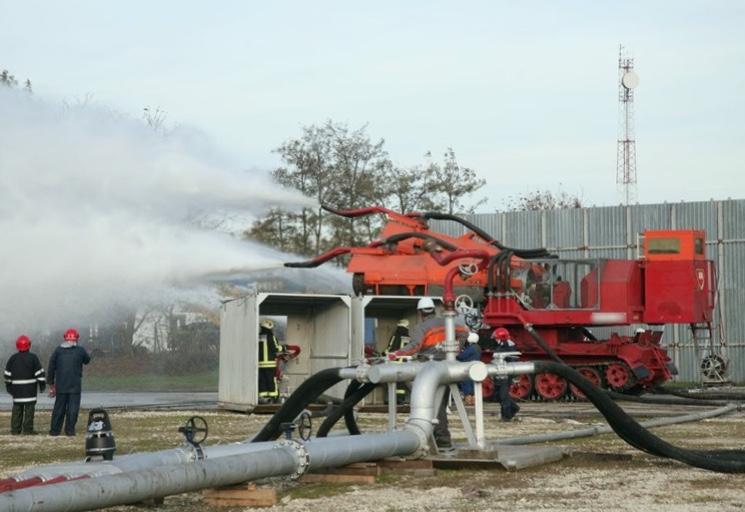 Модернизированный пожарный танк