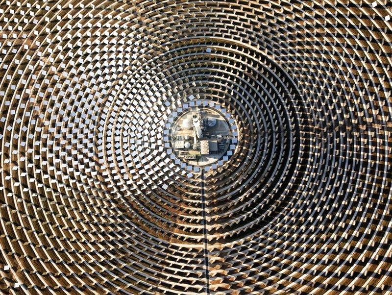 Термальная электростанция с высоты птичьего полёта