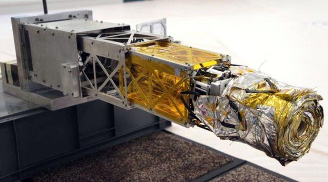 Устройство для увода спутников с орбиты