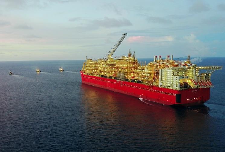 Транспортирование судна Prelude
