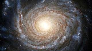Открытие этой черной дыры астрономов поставило в тупик
