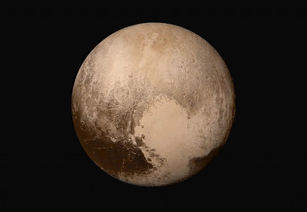 Плутон, цветное изображение с зонда Новые Горизонты