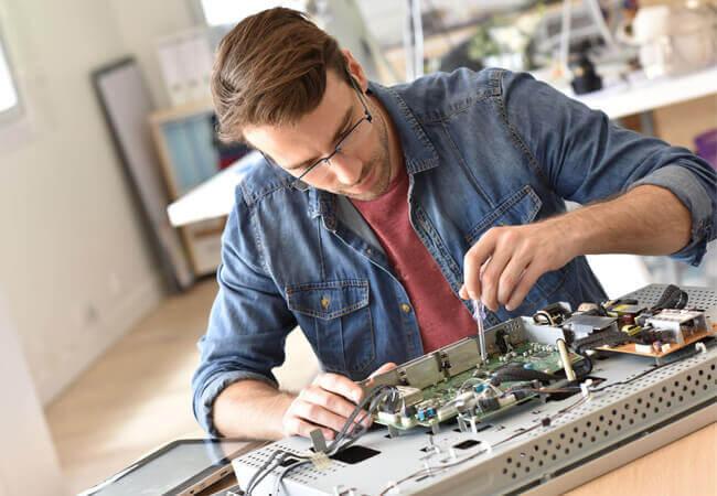 Проведение ремонта и покупка запчастей для бытовой техники