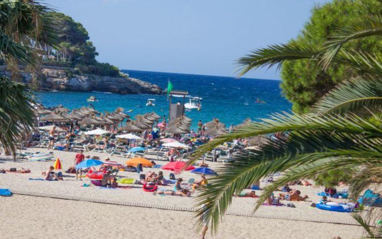 море солнце и песок острова Мальорка