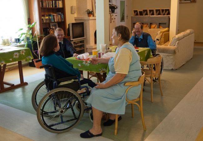 Дом престарелых в Запорожье — какой выбрать?