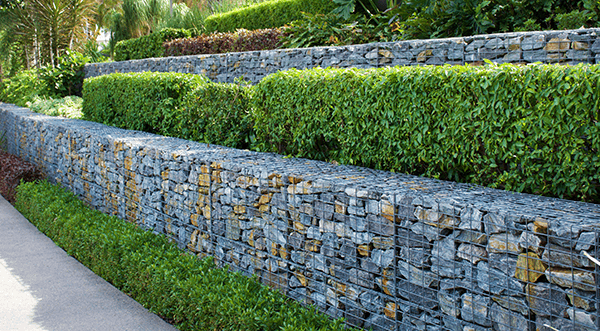 Retaining walls: features and resilience categories