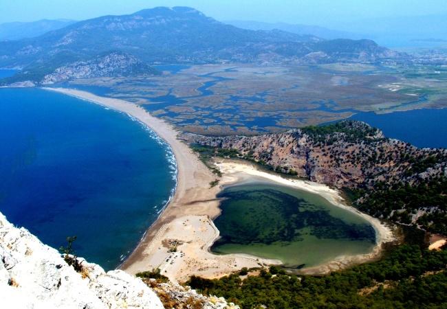 Какой отдых подобрать на весну? Туры в Турцию из Киева