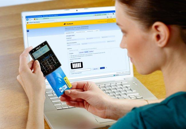 Онлайн кредит на банковскую карту от МФО – особенности процесса