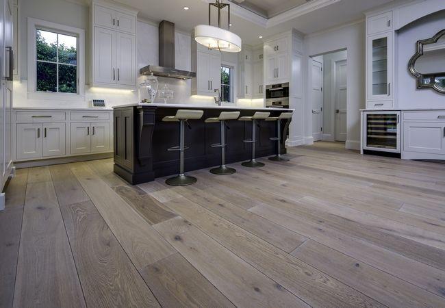 Как выбрать лучший вид напольного покрытия? Виниловая плитка — без исключений
