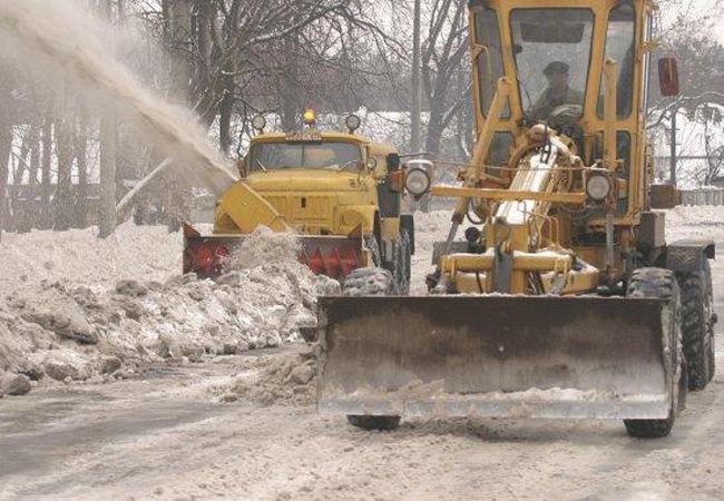 Уборка дорог зимой и летом. Комбинированные дорожные машины