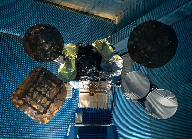 Израильский телекоммуникационный спутник AMOS-6