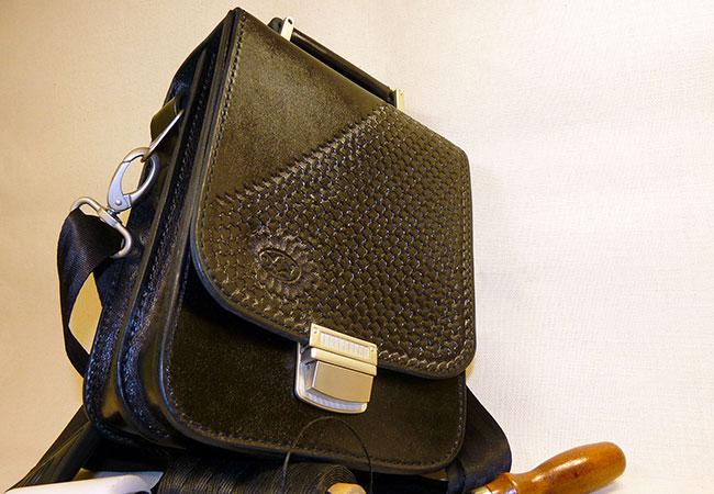 Кожаные аксессуары от производителя итальянского. Выбор сумки и кошельков