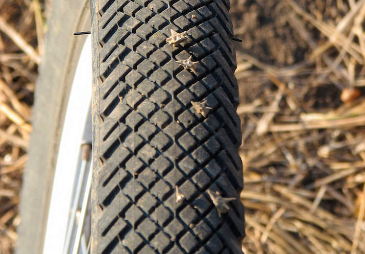 защита колес детской коляски от проколов