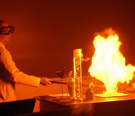 Занимательные химические опыты