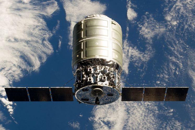 КА Cygnus CRS Orb-3