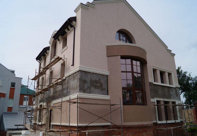 Где купить фасадные пилястры в Киеве по выгодной цене?