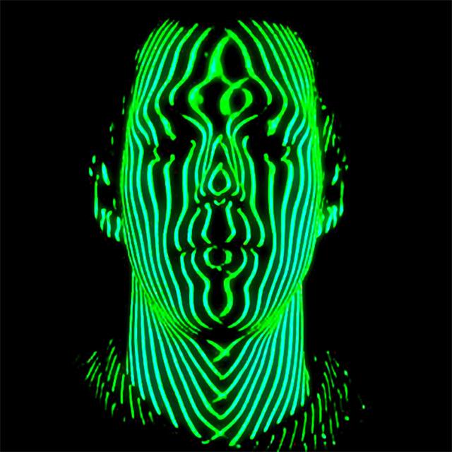 Deepface – определяет лица как живой человек