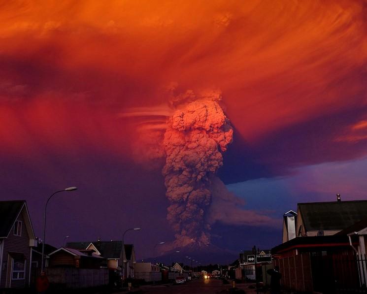Проснувшийся вулкан в Чили, Alex Vidal Brecas