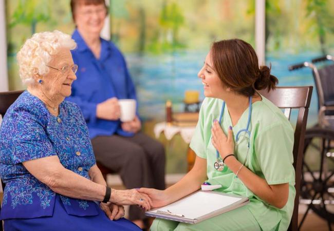 Кто нуждается в особом уходе? Дом престарелых для харьковских пенсионеров