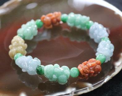Обручальное кольцо и драгоценные камни