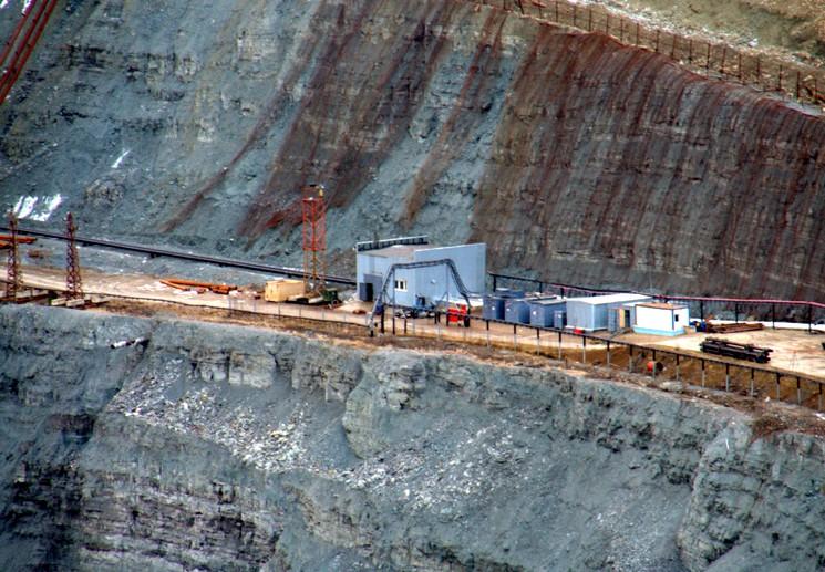 Карьер по добыче алмазов в Якутии