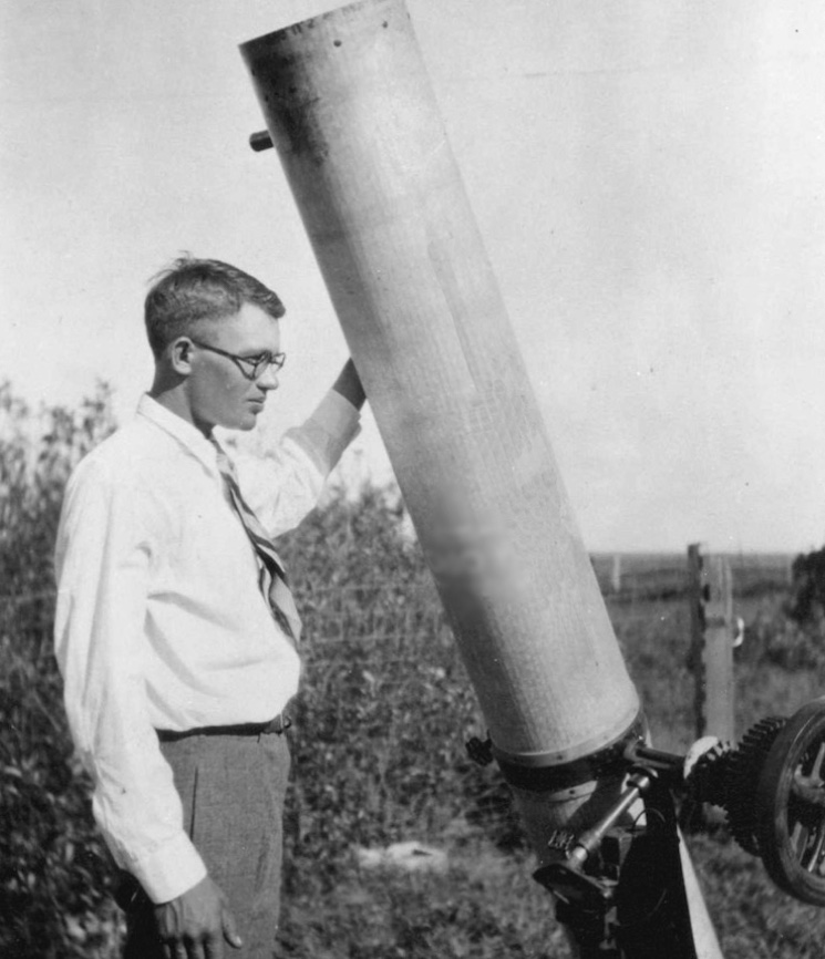 Клайд Томбо первооткрыватель плутона