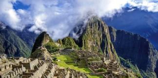 Руины древнего города Мачу-Пикчу