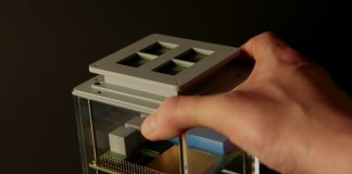MicroThrust - прототип ионного двигателя