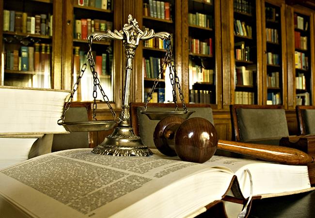 Юридические консультации и услуги в Москве