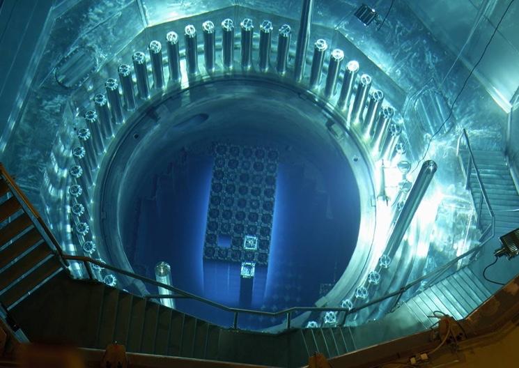 Ионизирующее излучение ядерного реактора
