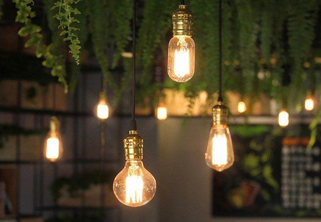 Освещение в интернет-магазине люстр Лінія Світла