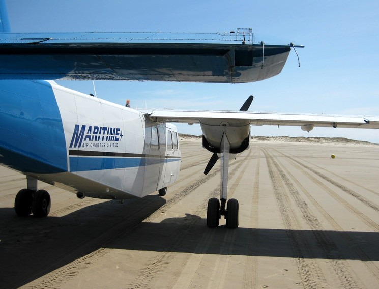 Самолет на острове Сабли