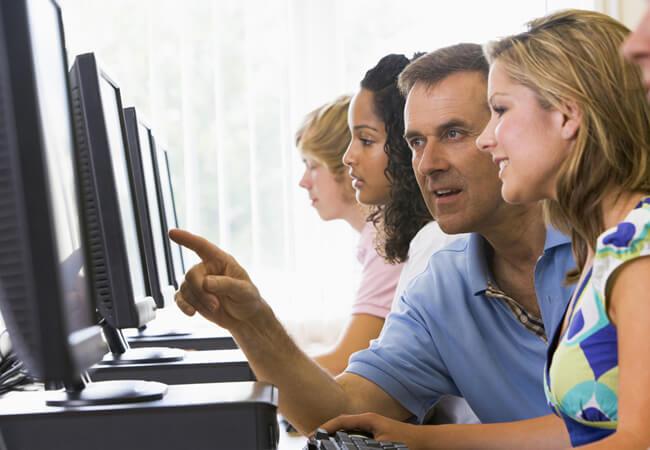 Особенности дистанционного обучения. Почему онлайн-школы стали популярнее обычных?