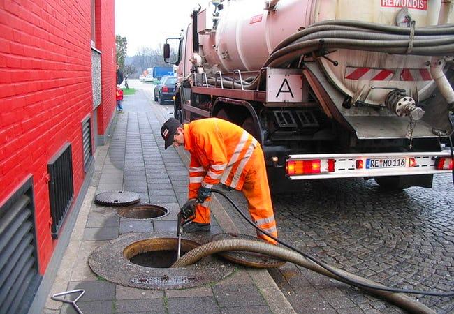 Прочистка внутренней канализации