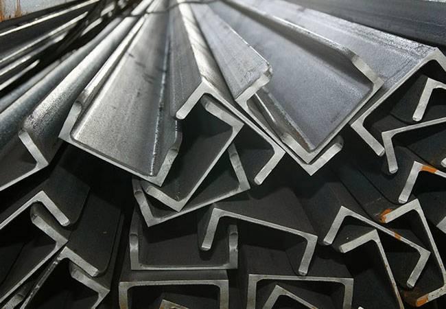 Что предлагает нам современный металлопрокат в Днепре? Уголок стальной