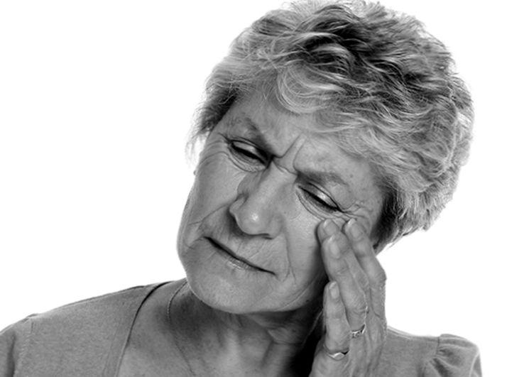 Симптомы шума в ухе