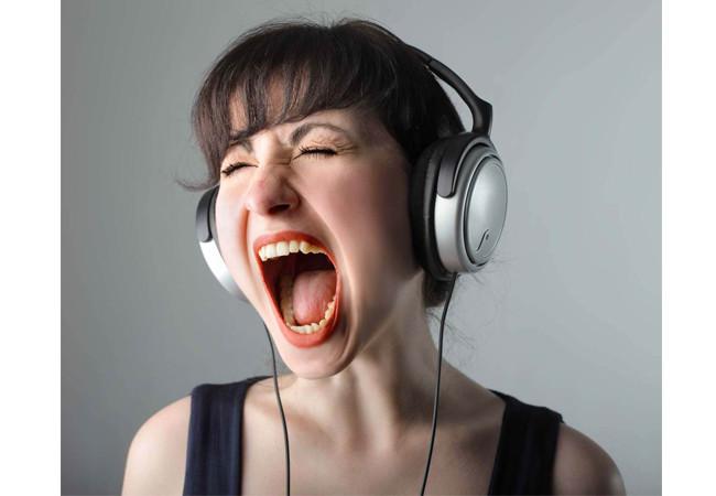 Как слушать и скачать музыку без регистрации?