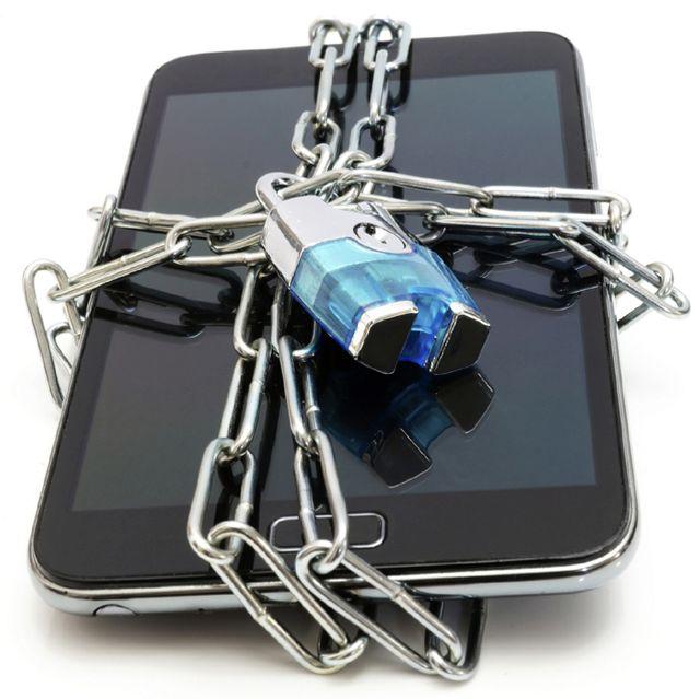 Вместе со смартфоном могут украсть и информацию
