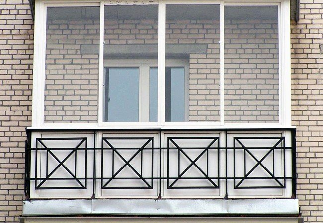 Решетки на окна: надежно и красиво