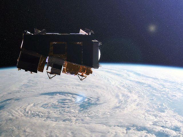 Спутник на околоземной орбите