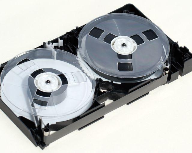 VHS - видео-кассета
