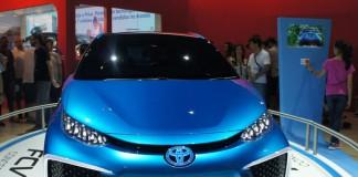 Toyota FCV Concept - машина на водородных топливных элементах