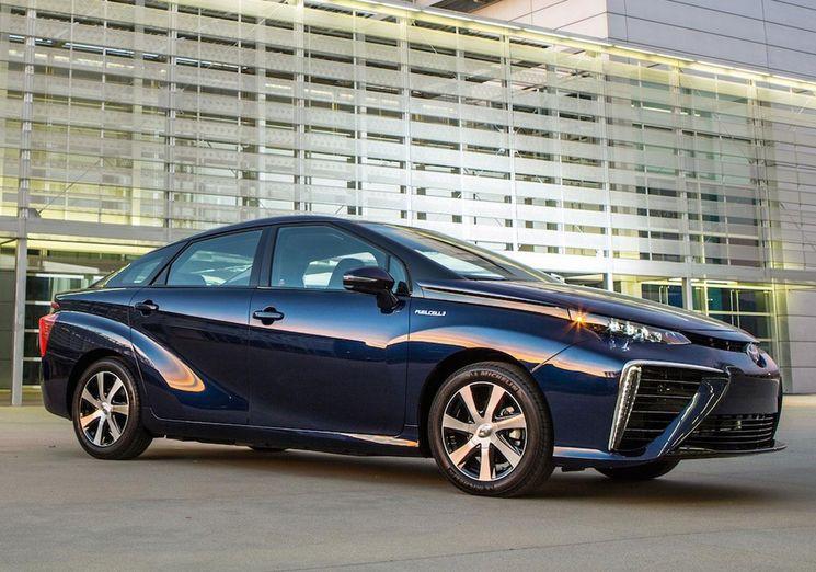 Тойота Мирай - авто на топливных элементах